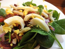 Bacon Spinach Salad                                   W/ Homemade Vinaigrette dressing